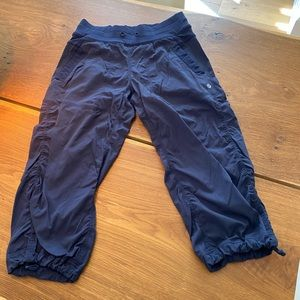 Lululemon Dance Studio cropped pant size 4
